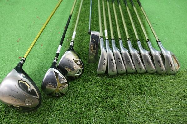 Cách chọn dụng cụ golf: nên chọn 1 gộ gậy Golf Full set