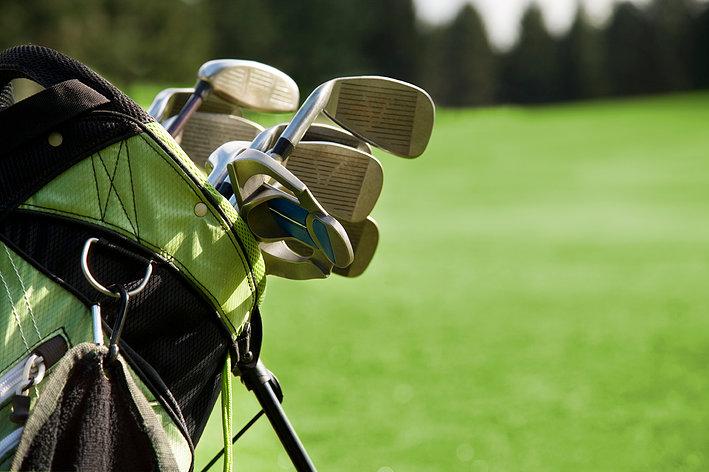 Hướng dẫn cách chọn túi gậy golf phù hợp
