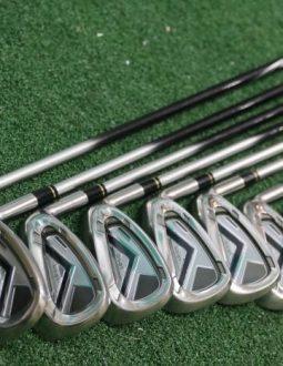 Cán gậy golf Honma LB515 có màu đen bạcsang trọng, đẳng cấp