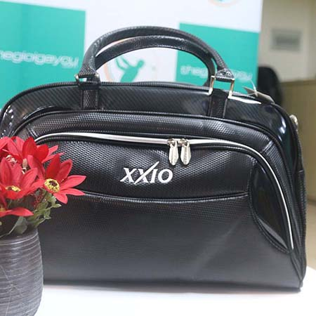 Túi golf XXIO chất liệu da cao cấp