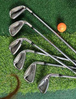 Bộ Taylormade iron set graphite được làm từ sợi carbon tổng hợp