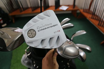 Gậy putter TaylorMade Stingray Ghost