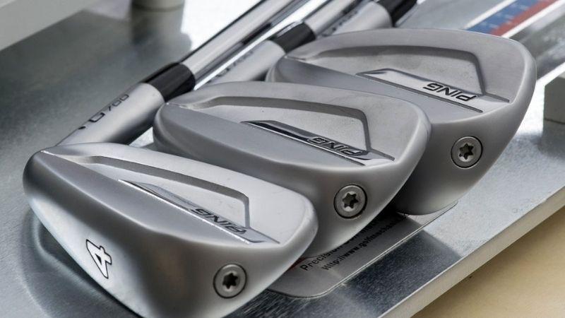 Golfer dễ dàng sử dụng và kiểm soát bóng tốt với bộ gậy