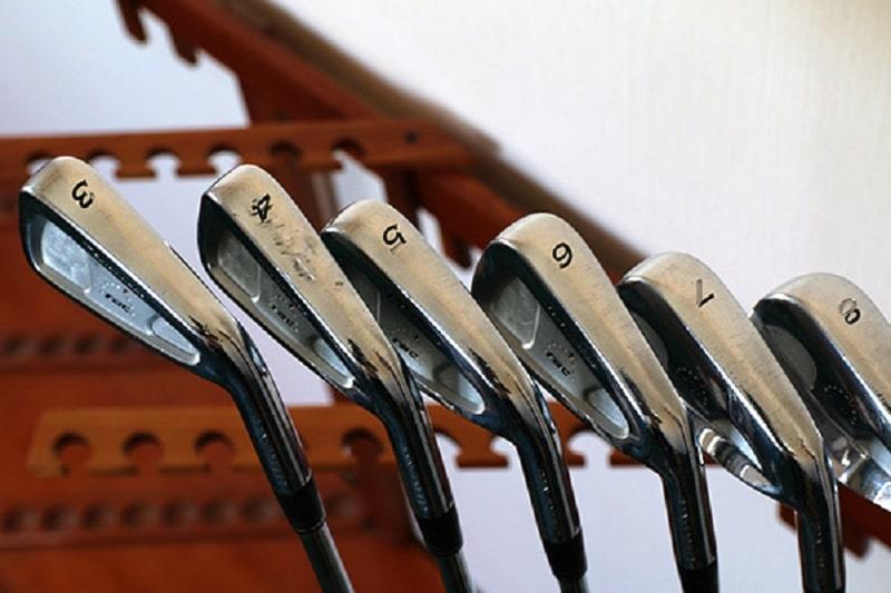 Bộ gậy giúp cải thiện khoảng cách đánh bóng hiệu quả
