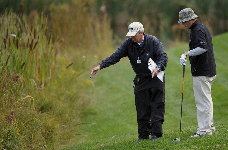 Các hình phạt trong chơi golf chủ yếu liên quan đến phạt gậy