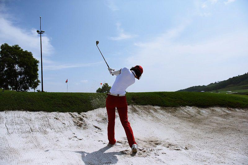 Cú swing của golf thủ
