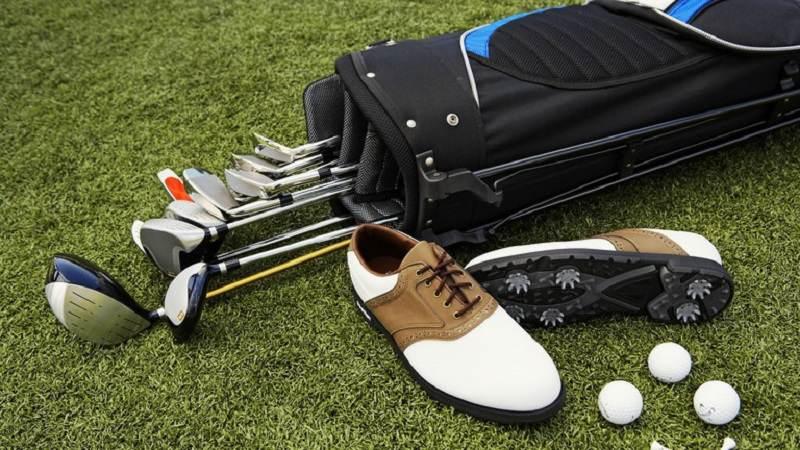 Những dụng cụ đánh golf cần thiết mà bất cứ golfer nào cũng phải có
