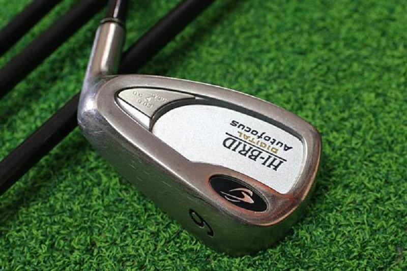 Gậy golf sử dụng chất liệu cao cấp nhằm tạo độ mỏng cần thiết cho mặt gậy