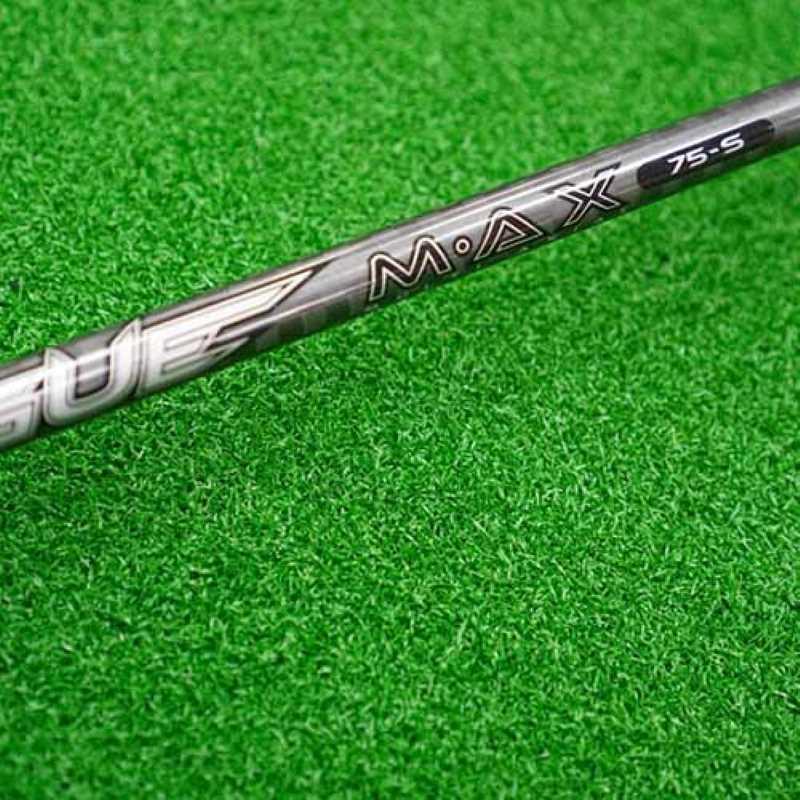 Cán gậy có độ cứng vừa phải giúp người chơi thuận lợi điều khiển