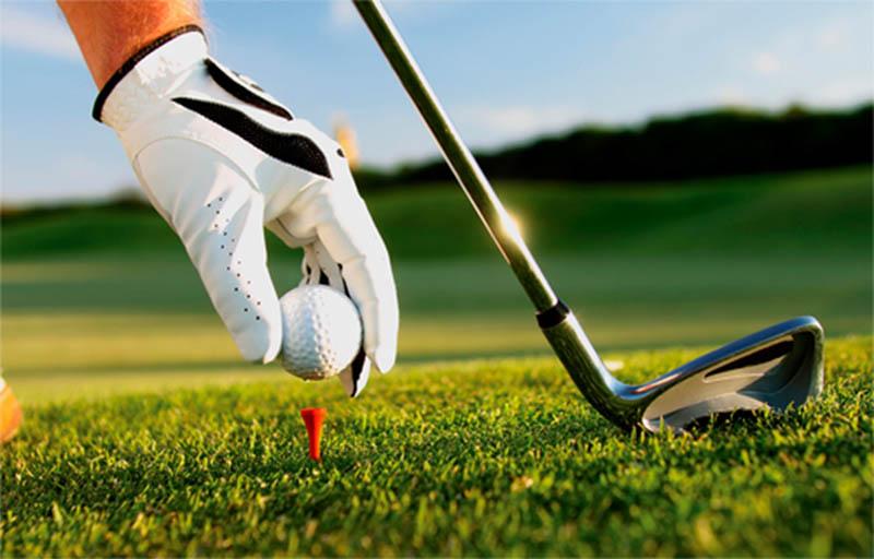 Gậy golf cũ vừa giúp tiết kiệm chi phí, vừa giúp người chơi có nhiều cơ hội trải nghiệm nhiều dòng gậy khác nhau