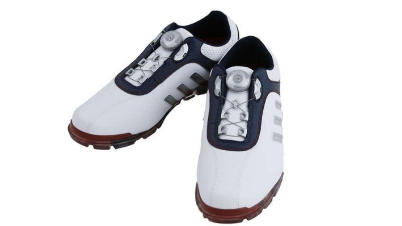 Giày mang tới cảm giác thoải mái dễ chịu cho golfer