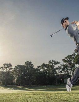 khoảng cách đánh các gậy golf