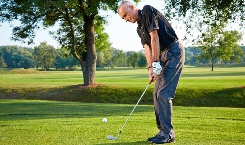 Kỹ thuật pitching golf là một trong những kỹ thuật khó thực hiện