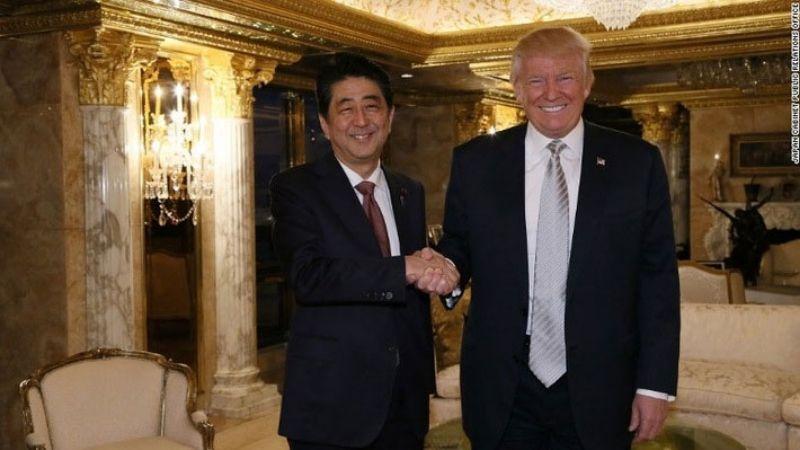 Honma được thủ tướng Nhật Bản Shinzo Abe tặng Tổng thống Mỹ Donald Trump 2016