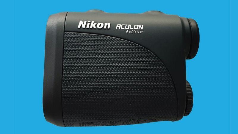 Máy Nikon được golfer sử dụng khá phổ biến