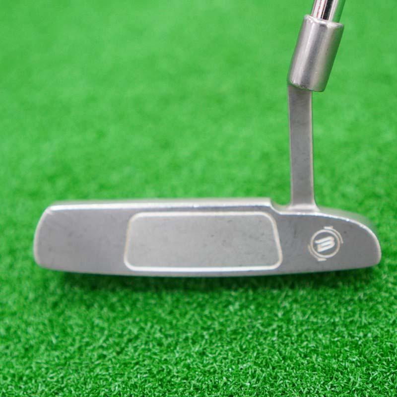 Gậy golf này cũng mang đến sự nhất quán về vị trí của điểm tiếp xúc