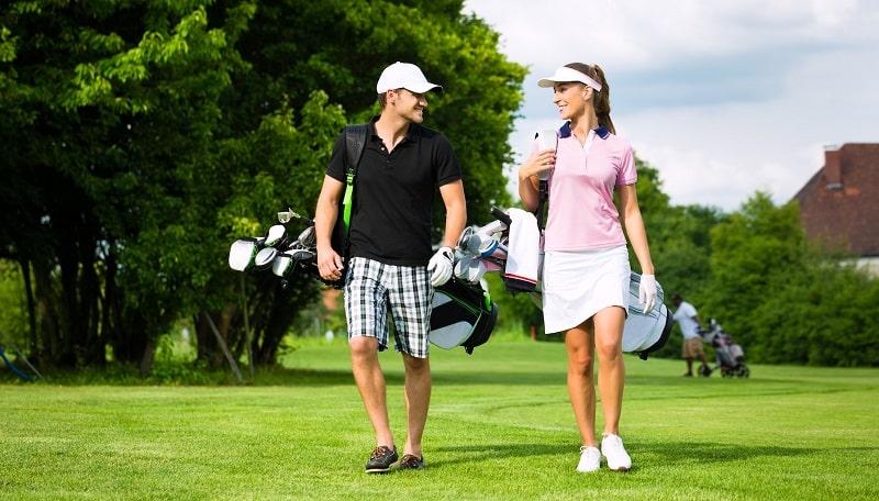 Quần áo đánh golf nữ thoải mái giúp việc chơi bóng tốt hơn