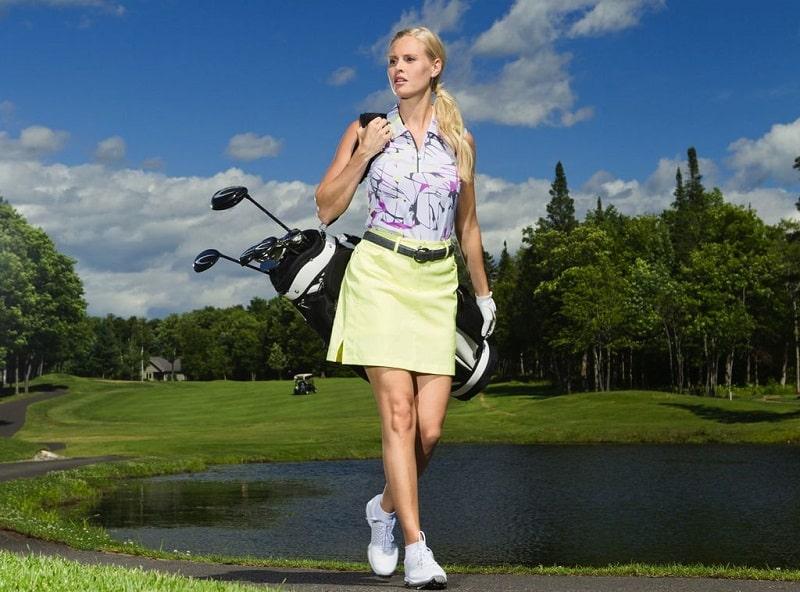 Trang phục trên sân cũng là một nét văn hóa sân golf