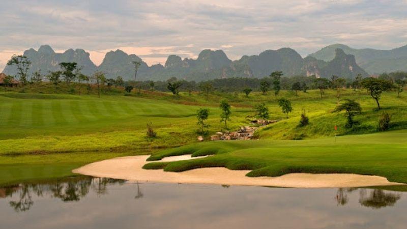 Tìm hiểu về sân golf Skylake