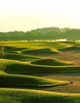 Skylake là một sân golf có cảnh quan vô cùng hấp dẫn người chơi