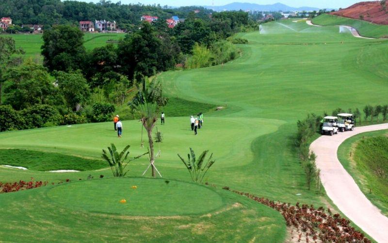 Sân golf Yên Dũng có khuôn viên khá rộng lớn