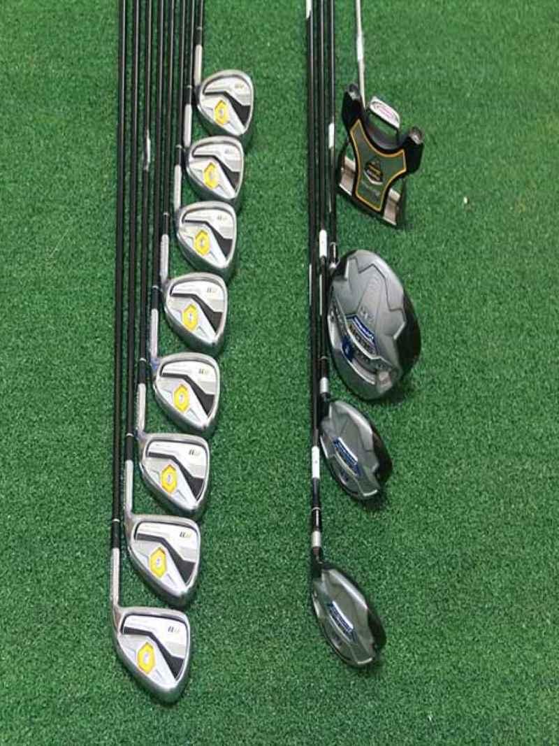 Bộ gậy golf TaylorMade R11 Fullset bao gồm 12 cây gậy