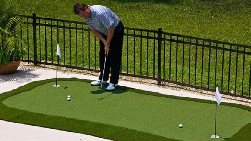 Tập luyện golf ở bất cứ đâu với thảm tập golf