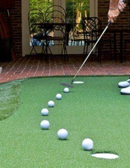 thảm tập golf trong nhà