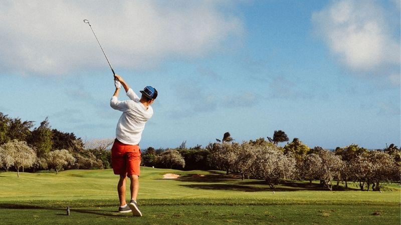 Tìm hiểu về sân golf 18 lỗ