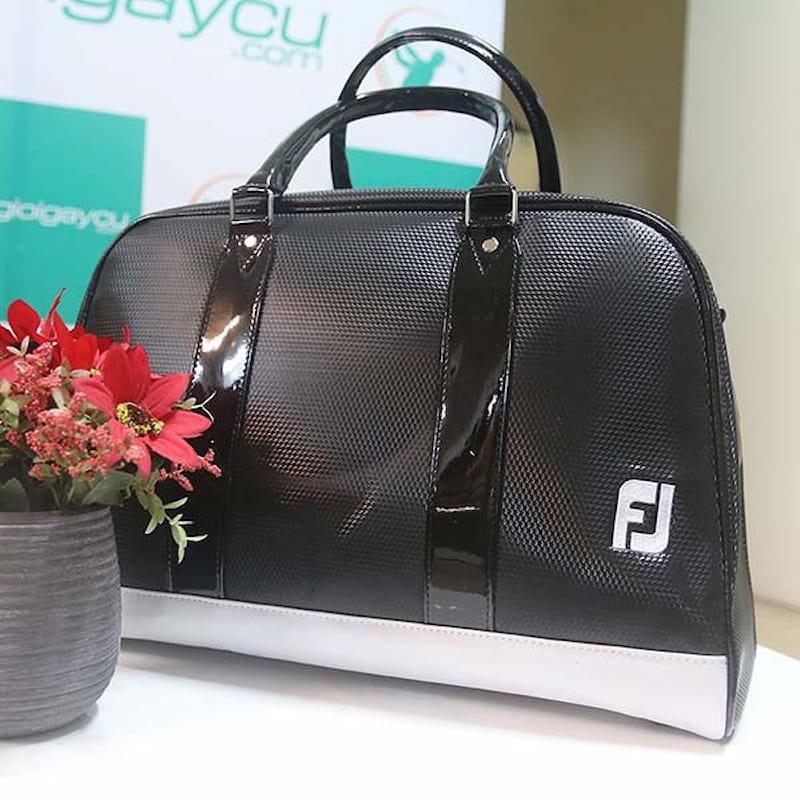 Túi quần áo golf của FootJoy chất lượng cao đem đến cho người dùng trải nghiệm tuyệt vời nhất