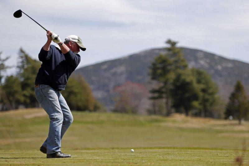 Gậy âm đóng vai trò có tính quyết định trong trận đấu golf.