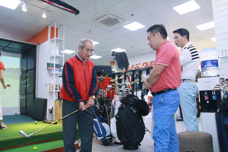 Khóa học Golf cơ bản 1 kèm 1 tại Golfgroup Academy