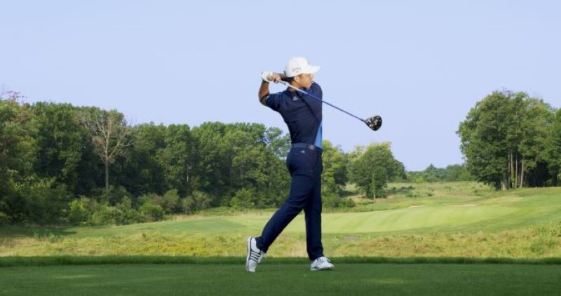 Để có được những cú swing bóng chất lượng việc luyện tập backswing và downswing rất quan trọng.