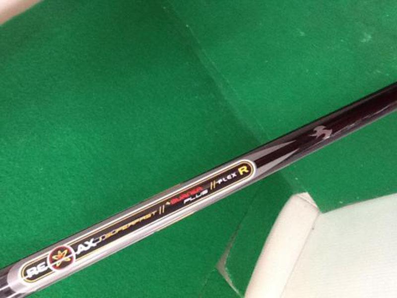 Phần shaft gậy gần như nguyên bản, mang lại cảm giác thân thuộc