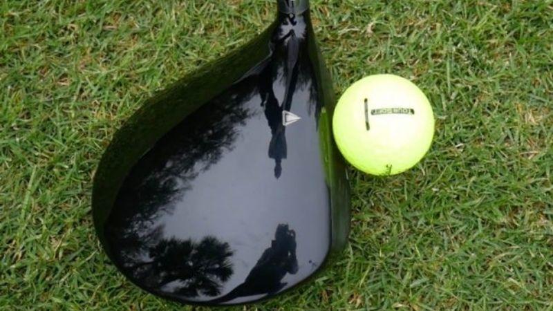 Mẫu bóng hiện nay được khá nhiều golfer lựa chọn sử dụng