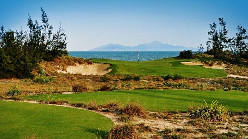 Sân golf rất được đầu tư vào cảnh quan