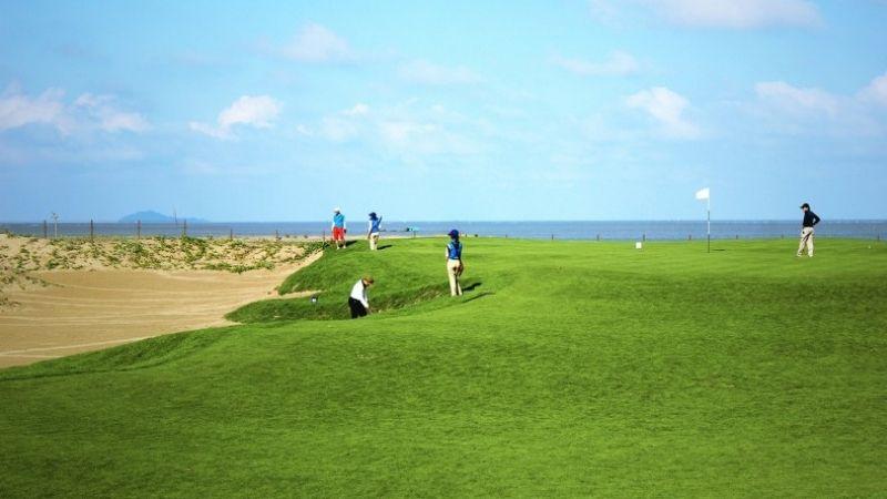 Sân golf được thiết kế bởi công ty uy tín hàng đầu thế giới