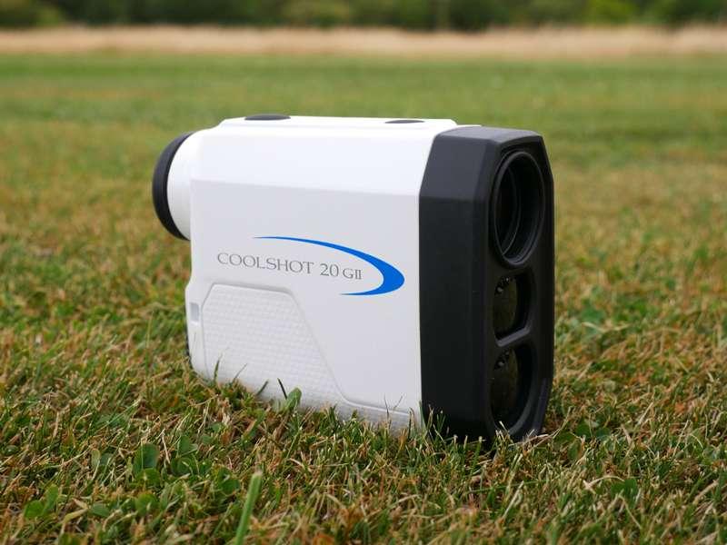 So với các đối thủ cạnh tranh khác, Rangefinder Nikon Laser Coolshot 20 GII chắc chắn là chiếc ống nhòm nhỏ nhất