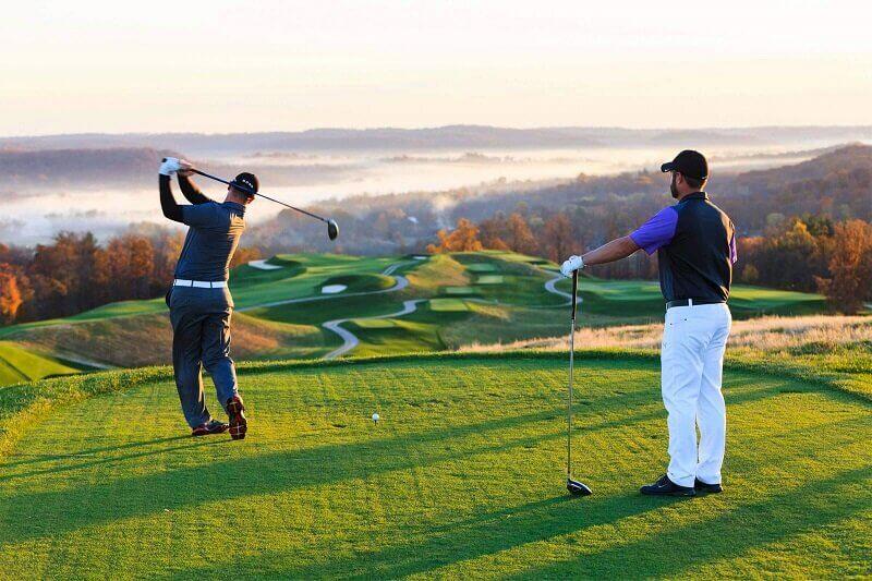 Gậy golf cũ cực kỳ phù hợp với những người chơi mới