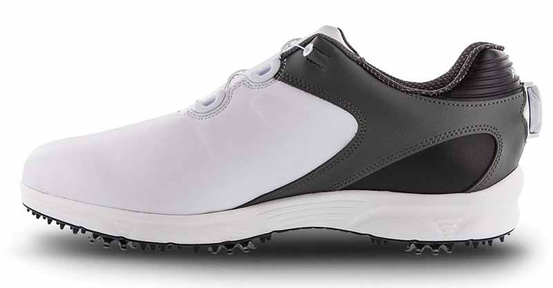 Giày golf Footjoy được rất nhiều golfer yêu thích với rất nhiều ưu điểm vượt trội