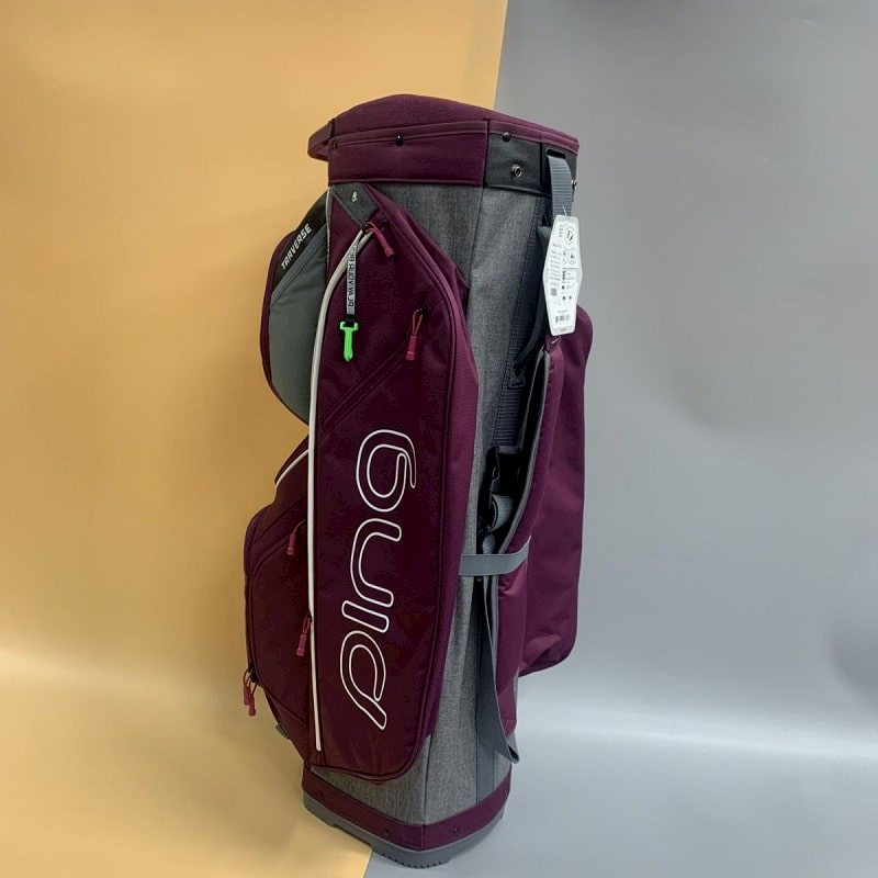Mẫu túi gậy golf Ping Traverse BAG hiện đại, năng động