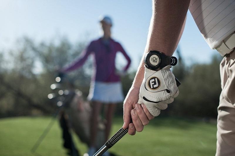 Trước khi mua hàng, golfer cần tìm hiểu kỹ chức năng của sản phẩm