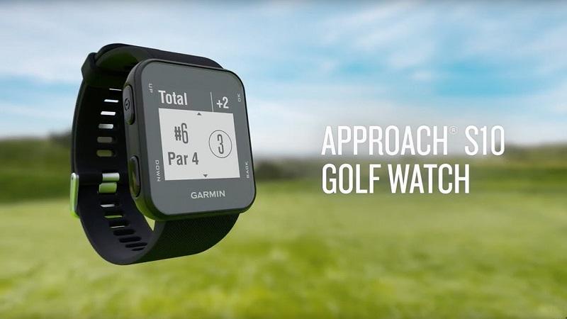 Đồng hồ golf Approach S10 được thiết kế mỏng, nhẹ và nhỏ