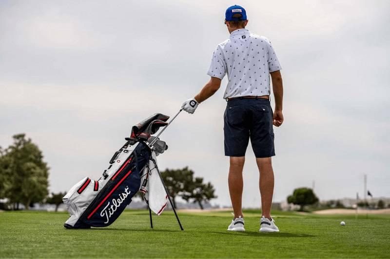 Titleist là thương hiệu sản xuất đồ dùng thể thao rất được yêu thích hiện nay
