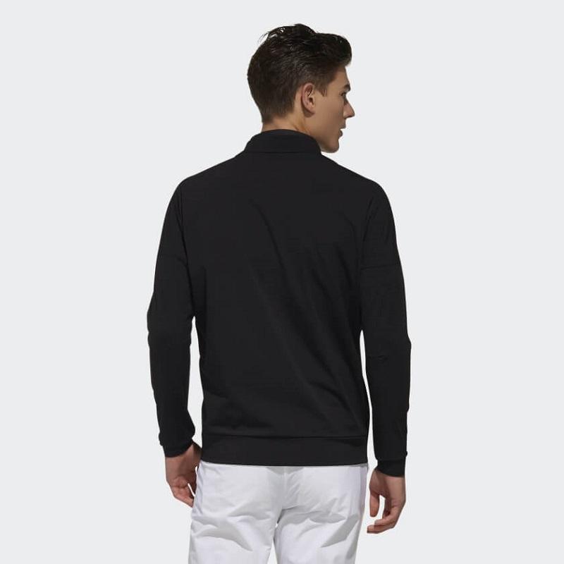 Áo khoác golf chính hãng thường có độ bền cao, khả năng chống nước, chống thấm và giữ nhiệt tốt