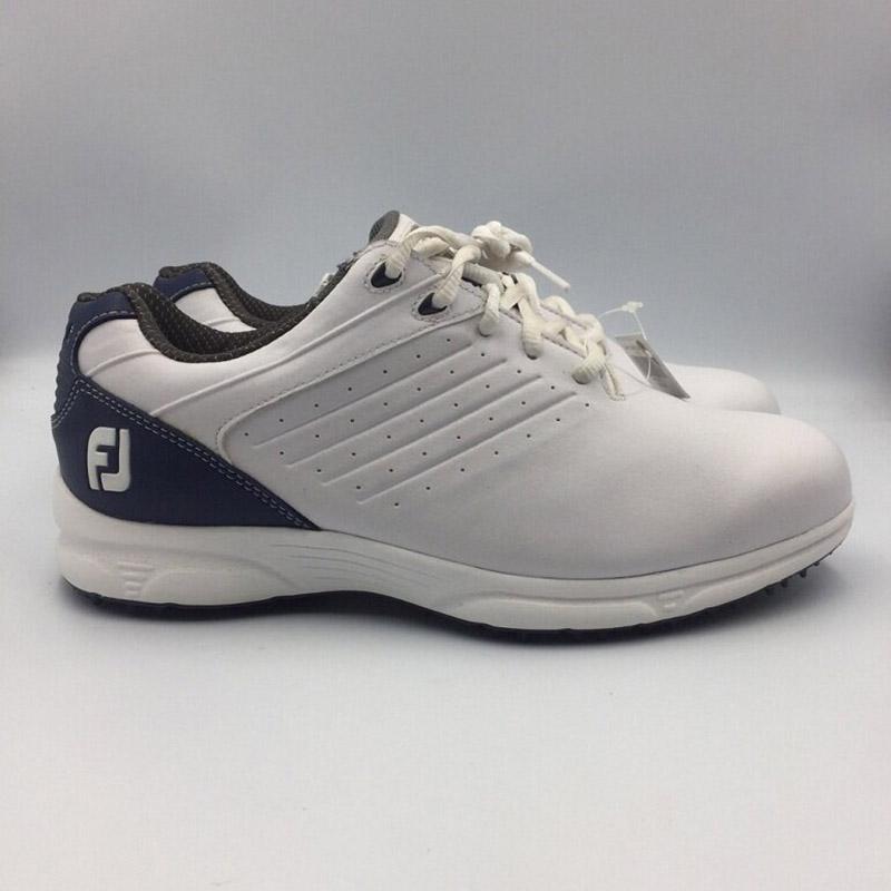 Mẫu giày FL ARC mang tông trắng trẻ trung, thanh lịch