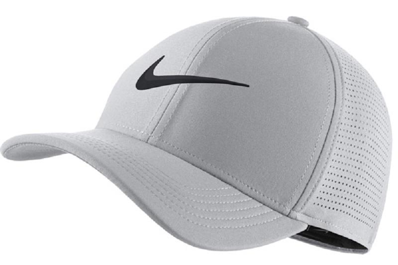 Golfer nên lưu ý khi chọn mũ chơi gôn phù hợp