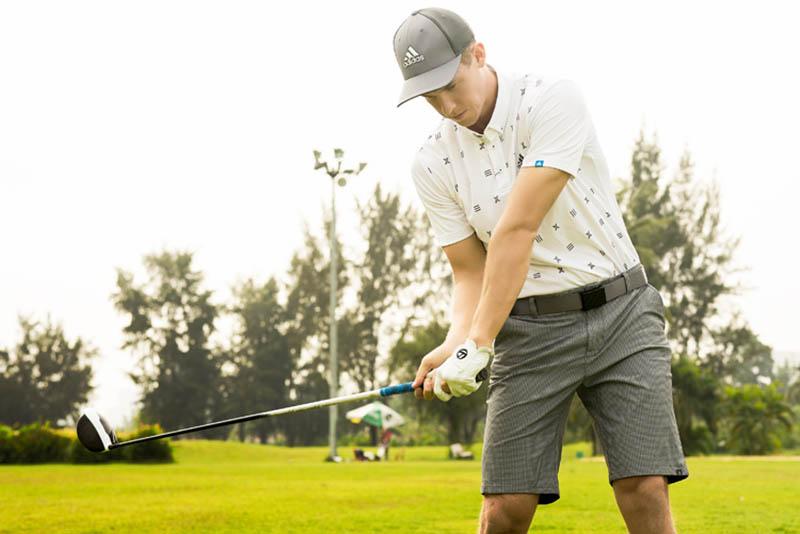Thắt lưng golf Adidas khiến golfer tự tin trên sân