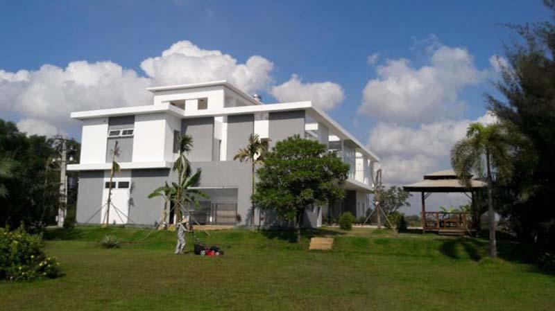 Tòa nhà câu lạc bộ được thiết kế hiện đại