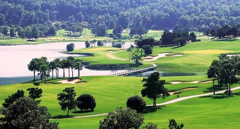 Tổng quan cảnh sắc của sân golf Đồng Mô